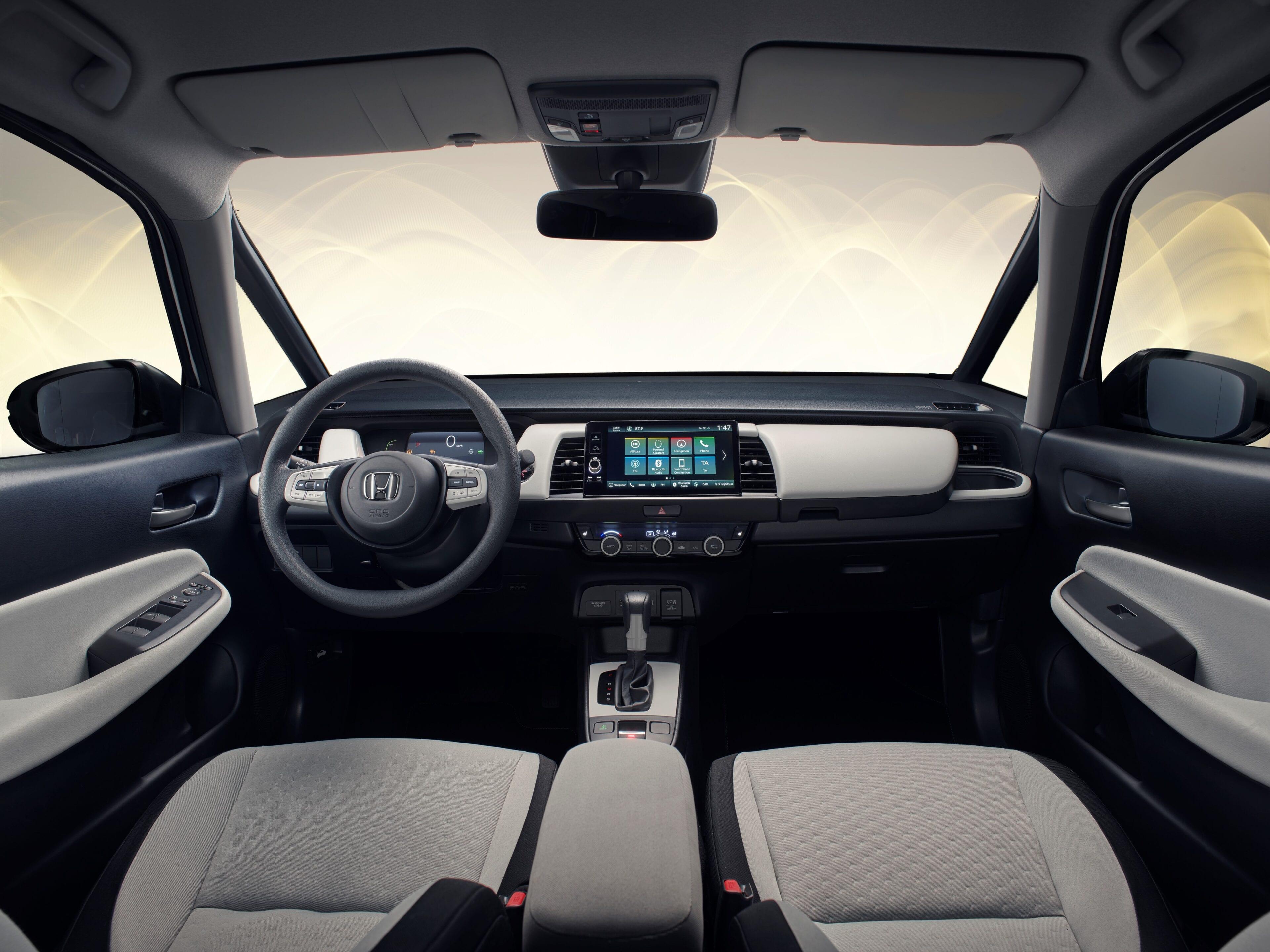 De Jazz biedt u een panoramisch uitzicht op de weg, zodat de bestuurder een echte breedbeeldbelevenis krijgt.